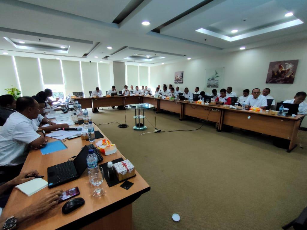 Rapat Evaluasi Kinerja Akhir Tahun 2019 03