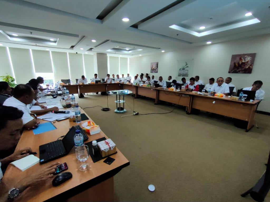 Rapat Evaluasi Kinerja Akhir Tahun 2019 04