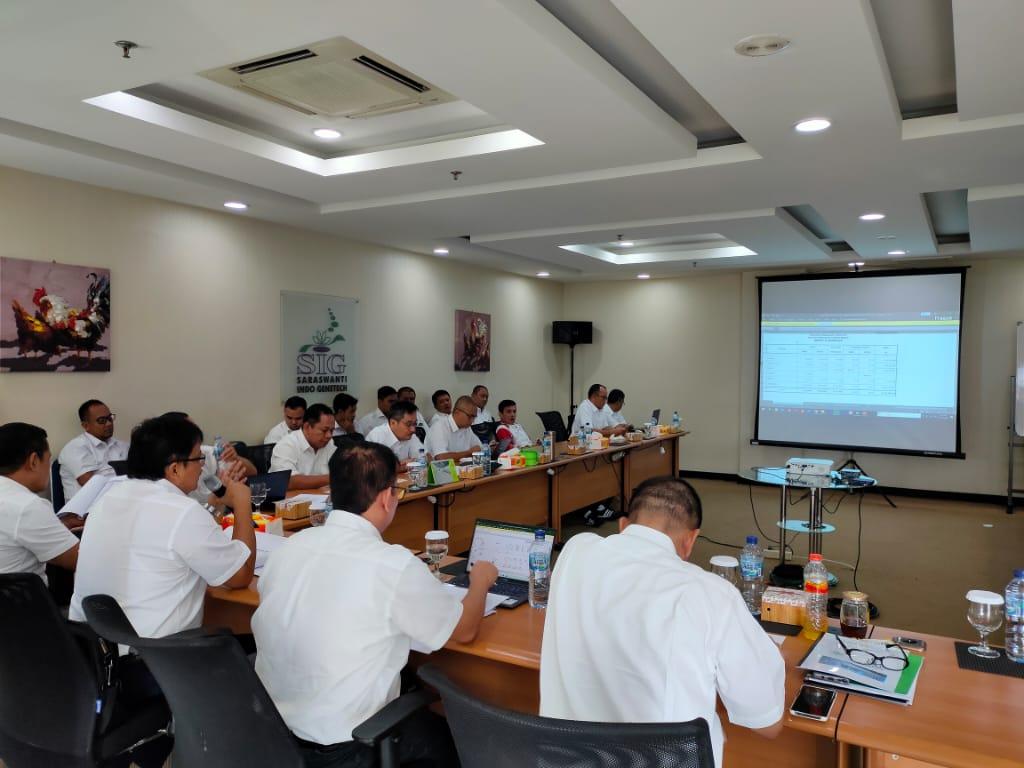 Rapat Evaluasi Kinerja Akhir Tahun 2019 05