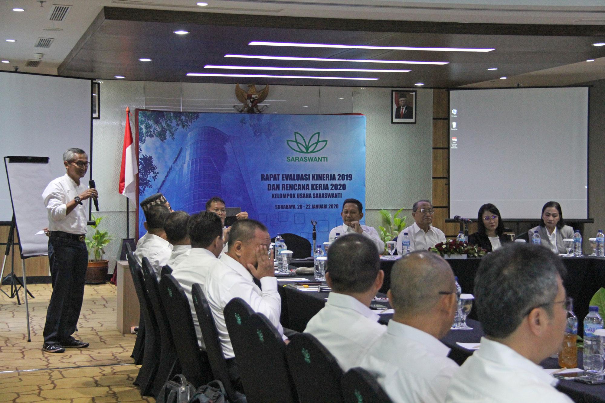 Saraswanti Group Rapat Evaluasi Kinerja 2019 Rencana Kerja 2020 03